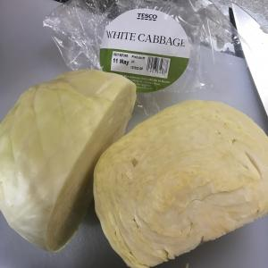 アイルランドのそのへんのものたち ~ White cabbage と York cabbage