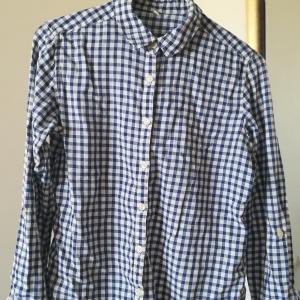 テーラーメイドのシャツ2着