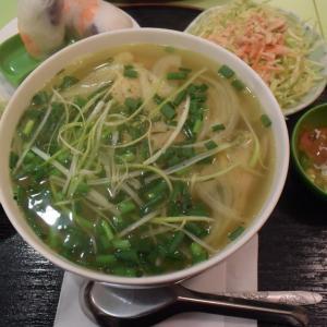 """""""リトル・サイゴン・キッチン""""、ベトナム料理、東上野、美味しいスープ、鶏肉フォーセット"""