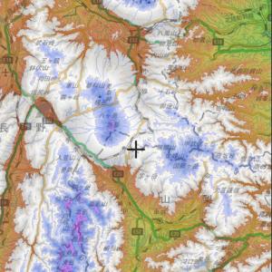 雪不足のスキー場の積雪を色別標高図から考えてみる