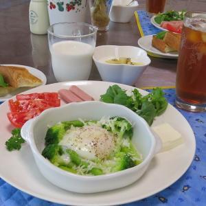 アスパラガスとブロッコリのホットサラダ