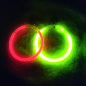 簡単すぎ!光るフープイヤリングの作り方