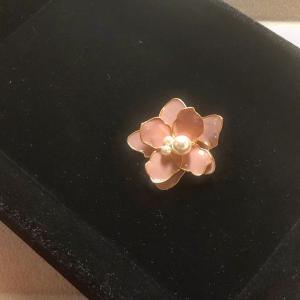 アンティークピンクのプラワー〈M fleur〉
