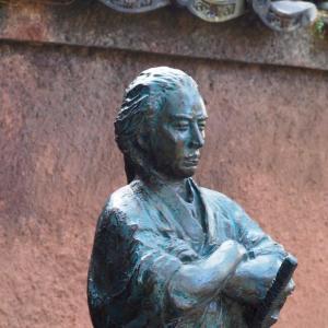 坂本龍馬の胸像が聖福寺に建立 ~いろは丸事件の談判ゆかりの寺に~