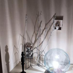 我が家のハロウィン飾りと本棚のレイアウト変更