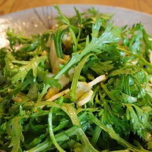 春菊のゴマ風味サラダ これイケます