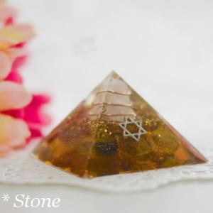 【若番特価】ピラミッド型オルゴナイト♪