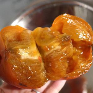 手作り【柿ジャムの作り方】レモンピール入のレシピ