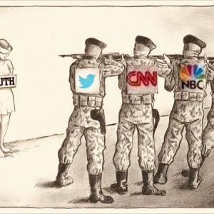 SNS,TV,新聞などのメディアは全部 アッチ側です。