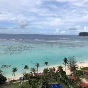 グアムの天気 10月13日 昼のビーチ ヘンリーのタモン日記