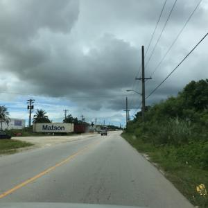 グアムの天気 10月18日 正午 ハーモンのハンバーガーロードからジョー速