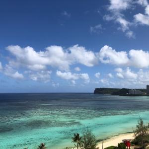 グアムの天気 4月1日 朝のタモンビーチ sashi from Guam