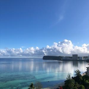 グアムの天気 月虹 sashi from Guam