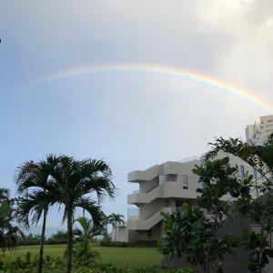 グアムの天気 朝の虹 ツバキホテルより