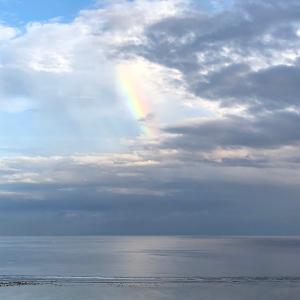 グアムの天気 珍しい虹