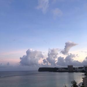 グアムの天気 爽やかな朝焼け