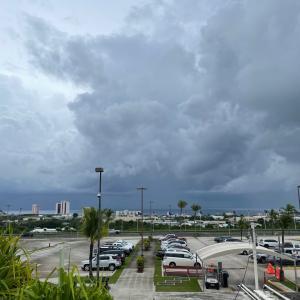 グアムの天気 グアム空港より 台風の影響