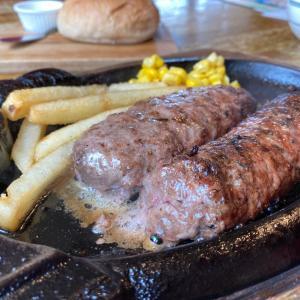 外食のススメ 愛すべきハンバーグ