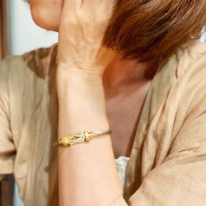 オシャレブレスレット Luxury Eternity Horse's hoof bracelet