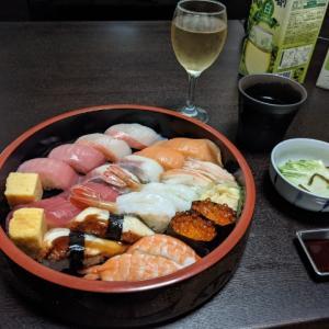 今夜の晩酌 寿司で一杯
