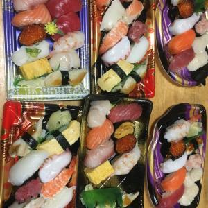 ある日の夜ご飯は突然豪華に寿司