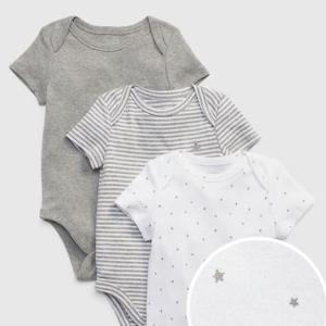 衝撃の真実!被るタイプの赤ちゃん服