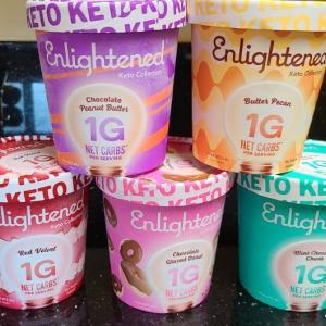 アイスクリームを大量買い&食い