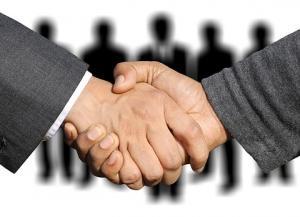 タニタ本社の正社員の内1割が業務委託で個人事業主に切り替え