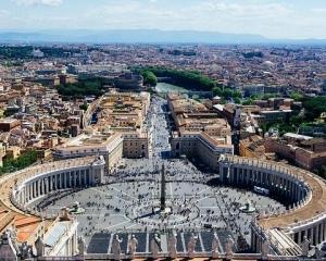 ローマ法王とローマ教皇