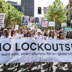 シドニーのロックアウト法が廃止に