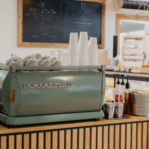 ヒンターランドの隠れ家カフェ「The Hunted Cafe」