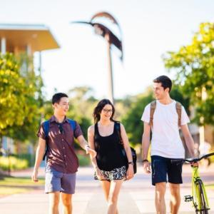 【奨学金情報】ボンド大学の授業料が最大50%免除になる奨学金の締切間近!