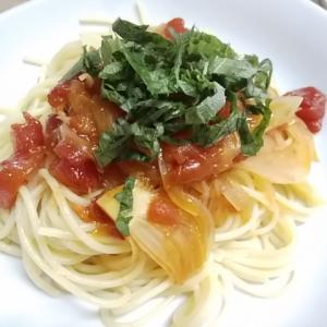 芸がないと思われても いつものトマトソーススパゲティでトマト試食