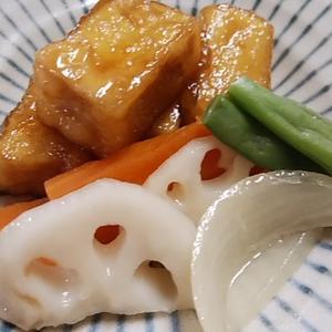 照り焼きの濃い味が高野豆腐に染みこむ 野菜もいっしょに摂れて 栄養バランスよい