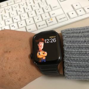 Apple Watchを右手に着ける練習とApplePayの設定でキャッシュレス化