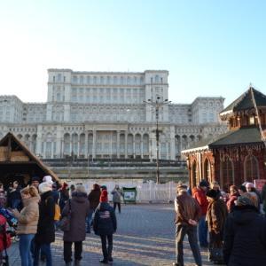 ルーマニアの首都ブカレストのクリスマスマーケットに行ってきました!(続き)