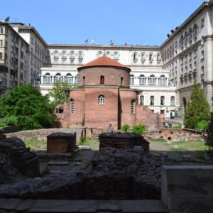ルーマニアの首都ブカレストからブルガリアの首都ソフィアまで、車で移動サービス!