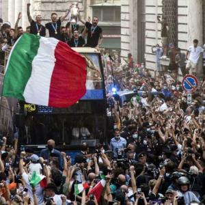 地獄の1年を経験したイタリアの悲願の優勝♪サッカーEURO2020