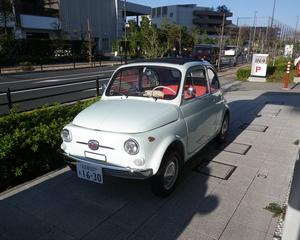 FIAT500の電気自動車を見つけたよ!