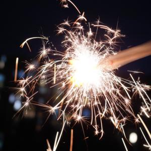 夏の思い出にカメラ好きママ必見♪手持ち花火を撮るときのコツ
