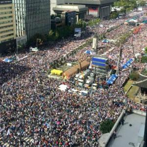 【韓国】「200万人デモ」やっぱりウソだった!盛りすぎ!実は「7万人」だった! [海外]