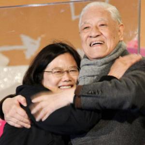 【台湾】李登輝元総統が死去 97歳、 蔡英文総統が日本語で哀悼のツイート…。