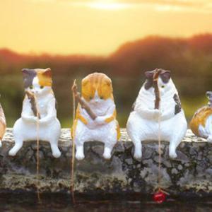 猫がのんびり釣りをするガチャフィギュアが登場!「釣り日和 ~猫たちのひまつぶし~」
