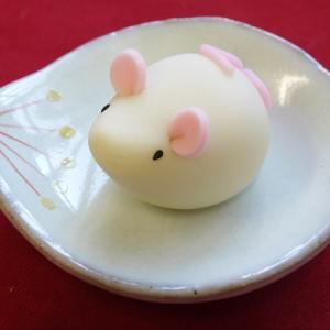 来年の干支菓子「ちゅー太」