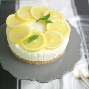 爽やか!レモンのレアチーズケーキ & お買い物マラソン