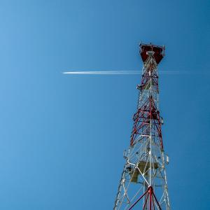 ソフトバンク 5G基地局整備前倒しで好感  -東京総合研究所ブログー