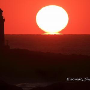 角島灯台の夕陽
