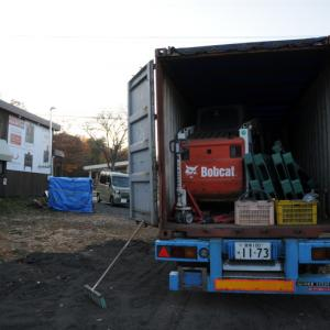 北軽井沢店に乾燥薪20立米が入荷