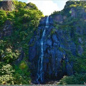 雄冬岬 白銀の滝・・・。