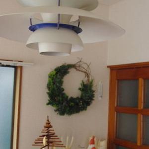 甘さ控えめがかっこいい☆今年のわが家のChristmas wreath♪